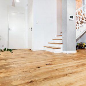 Schody klasyczne pod kolor Oak Heritage