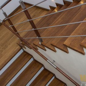 Schody klasyczne pod kolor Oak Praline
